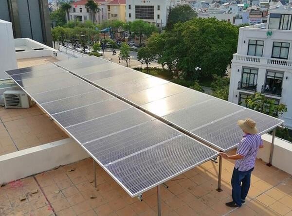 PC Gia Lai khuyến khích các hộ gia đình, doanh nghiệp triển khai việc lắp đặt hệ thống điện mặt trời áp mái tại Gia Lai